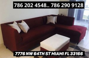 Modern furniture sectional couch for Sale in Medley, FL