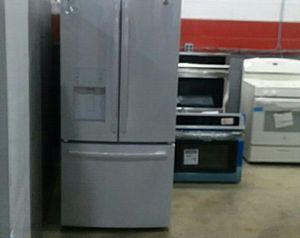 Bottom Freezer !! for Sale in Hamtramck, MI