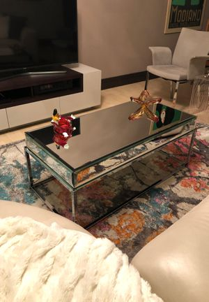 Mirrored Cocktail Table for Sale in Aventura, FL