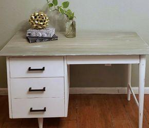 Distressed Vintage 4 Drawer Desk (Wood) for Sale in New Port Richey,  FL