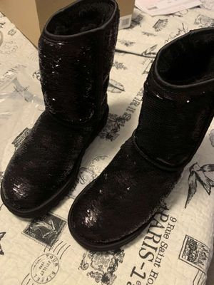 Sparkly black uggs for Sale in Goodlettsville, TN