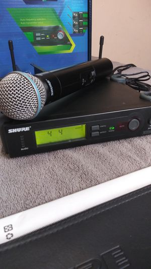Shure beta 58A wireless microphone for Sale in Los Angeles, CA