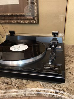 Pioneer Pl-670 Turntable for Sale in Las Vegas,  NV