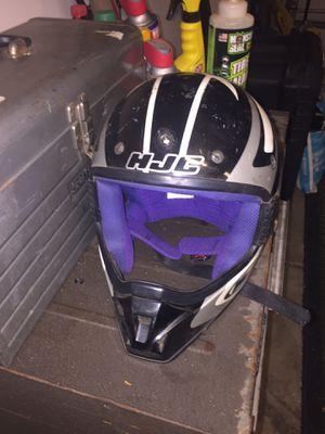 Small dirt bike helmet for Sale in Lake Elsinore, CA