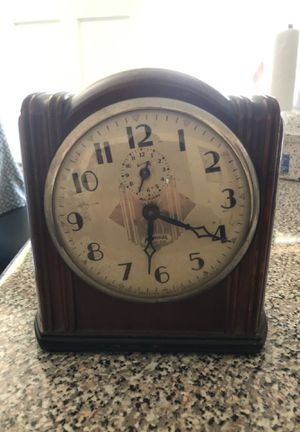 Antique clock for Sale in National City, CA