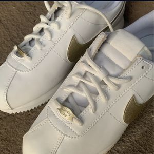 Nike Cortez for Sale in Ontario, CA
