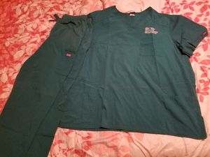 Hospital Scrubs for Sale in Twin Oaks, MO