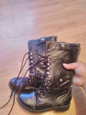 Boots girl size 13 for Sale in Mulberry, FL