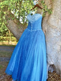 Quinceanera dress. for Sale in Miami,  FL