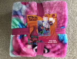 Trolls Royal Plush Raschel Throw-NEW for Sale in Granville, OH