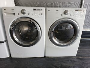 LG front load washer and dryer set for Sale in Plant City, FL