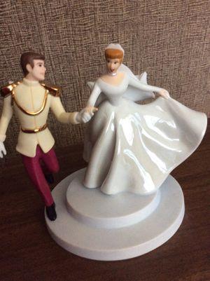 Collectors DISNEY Classics CINDERELLA & PRINCE Fairy Tale Wedding WDCC for Sale in Chula Vista, CA