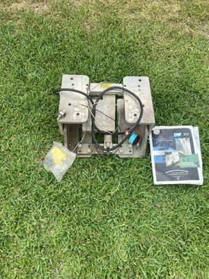 CMC power tilt and trim for boat motor 130 hp or less for Sale in Fullerton, CA