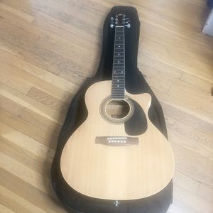 Rogue Acoustic Electric Guitar RAGQEC for Sale in Providence, RI