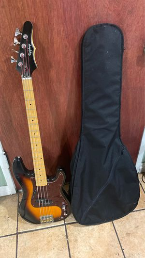 Electric bass for Sale in Hawthorne, CA