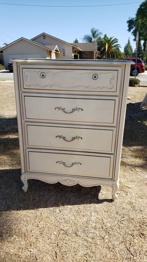 French Provincial Dresser for Sale in Fountain Valley, CA