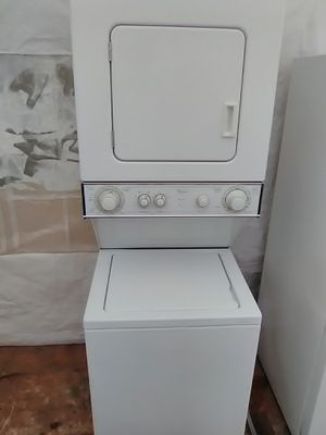 "24"" stackable washer and dryer for Sale in Miramar, FL"