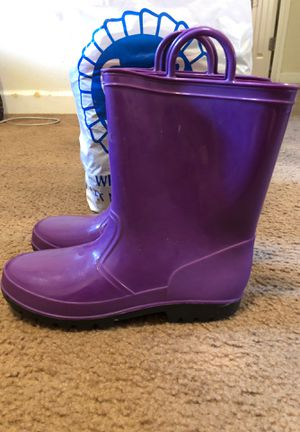 Girls size 4 rain boots for Sale in Buena Park, CA