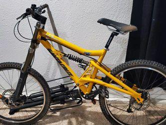 Santa Cruz Downhill Bike.. for Sale in Fremont,  CA