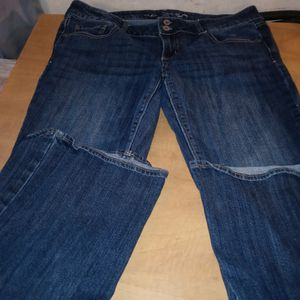 American Eagle Artist Womens Jeans for Sale in Huttonsville, WV