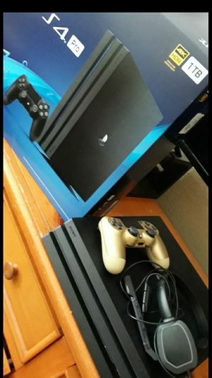Playstation 4 Pro for Sale in Fresno, CA