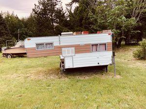 Camper for Sale in Vaughn, WA