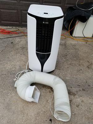 Air conditioner portable 14000 btu for Sale in West Palm Beach, FL