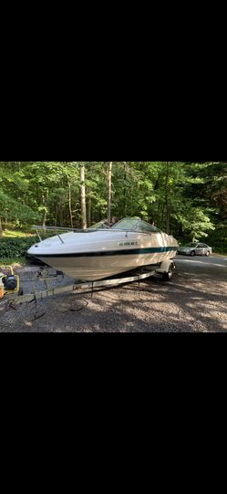 2000 bayliner Capri for Sale in Harpers Ferry,  WV