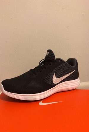 Nike Mens Revolution 3s for Sale in Nashville, TN