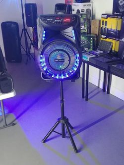 """2700 watts. 15"""" woofer speaker. BRAND NEW. Bluetooth. USB. FM radio. Equalizer. Microphone and stand included. for Sale in Miami,  FL"""