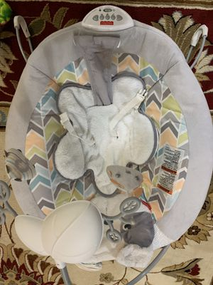 Electronic baby bouncer chair used but good condition for Sale in Brooklyn, NY