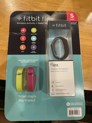 FitBit Flex Black size small With Extra wrist bands for Sale in Santa Clara, CA