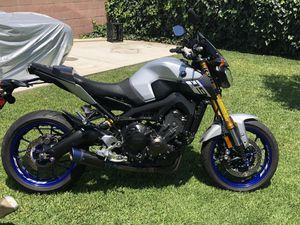 Yamaha fz09 350 original miles. for Sale in Hacienda Heights, CA