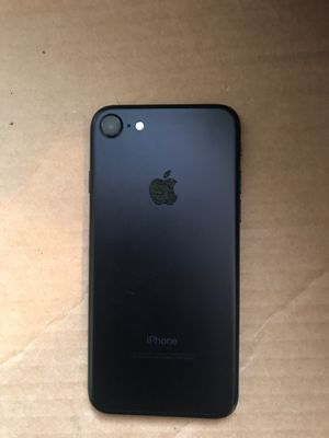 iPhone 7 128gb FACTORY iCloud UNLOCKED ALL CARRIER for Sale in Los Angeles, CA