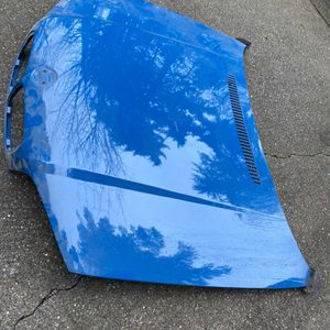 BMW E46 Cupe Hood & Trunk for Sale in Aberdeen, WA