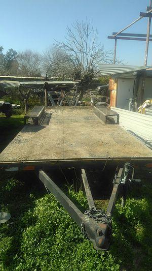 I have a 7' X19' heavy durty trailer ready to go any where want .Tengo en benta mi traila de 7' X 19' lista para cargarla y llevarlo a donde Kiera for Sale in Berenda, CA