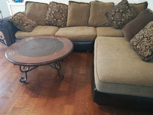 Rooms to go sectional sofa for Sale in Cumming, GA