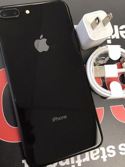 iPhone 8 plus 64gb Unlocked for Sale in Cambridge,  MA