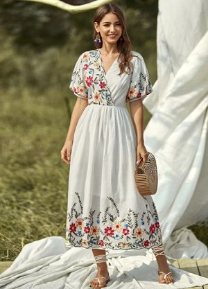 Floral pattern dress for Sale in Gulfport, FL