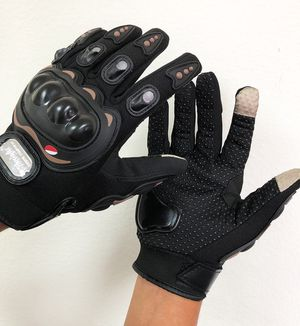 New $10 per pair Motorcycle Screen Touch Anti Slide Full Finger Gloves 3 Sizes (M, L, XL) for Sale in South El Monte, CA