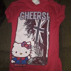 Girls Large Hello Kitty Top for Sale in Tacoma,  WA
