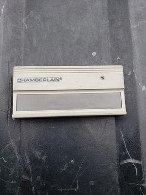Chamberlain 300 MC Garage Door Opener and Transmitter for Sale in North Las Vegas, NV