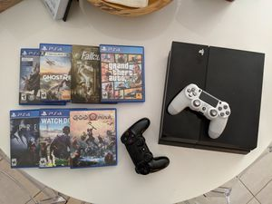PlayStation 4 with 7 games and 2 controllers for Sale in Murfreesboro, TN