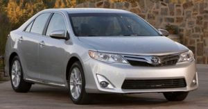 2012 Toyota Camry LE- CLEAN TITLE for Sale in Phoenix, AZ