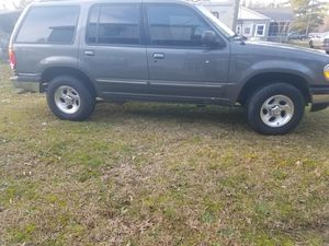 1998 ford explorer for Sale in Little Mountain, SC