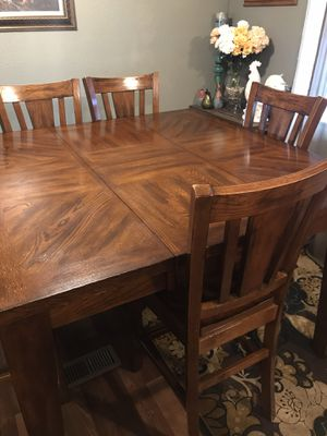 Wood table for Sale in Selma, CA