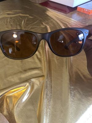New wayfarer Ray Ban for Sale in Columbus, OH