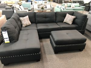New Couch Sectional. Black. Free Delivery! for Sale in Los Angeles, CA
