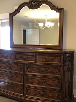Cabinet With Mirror for Sale in Pasadena,  CA
