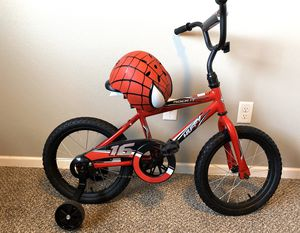bike with helmet for Sale in Fargo, ND